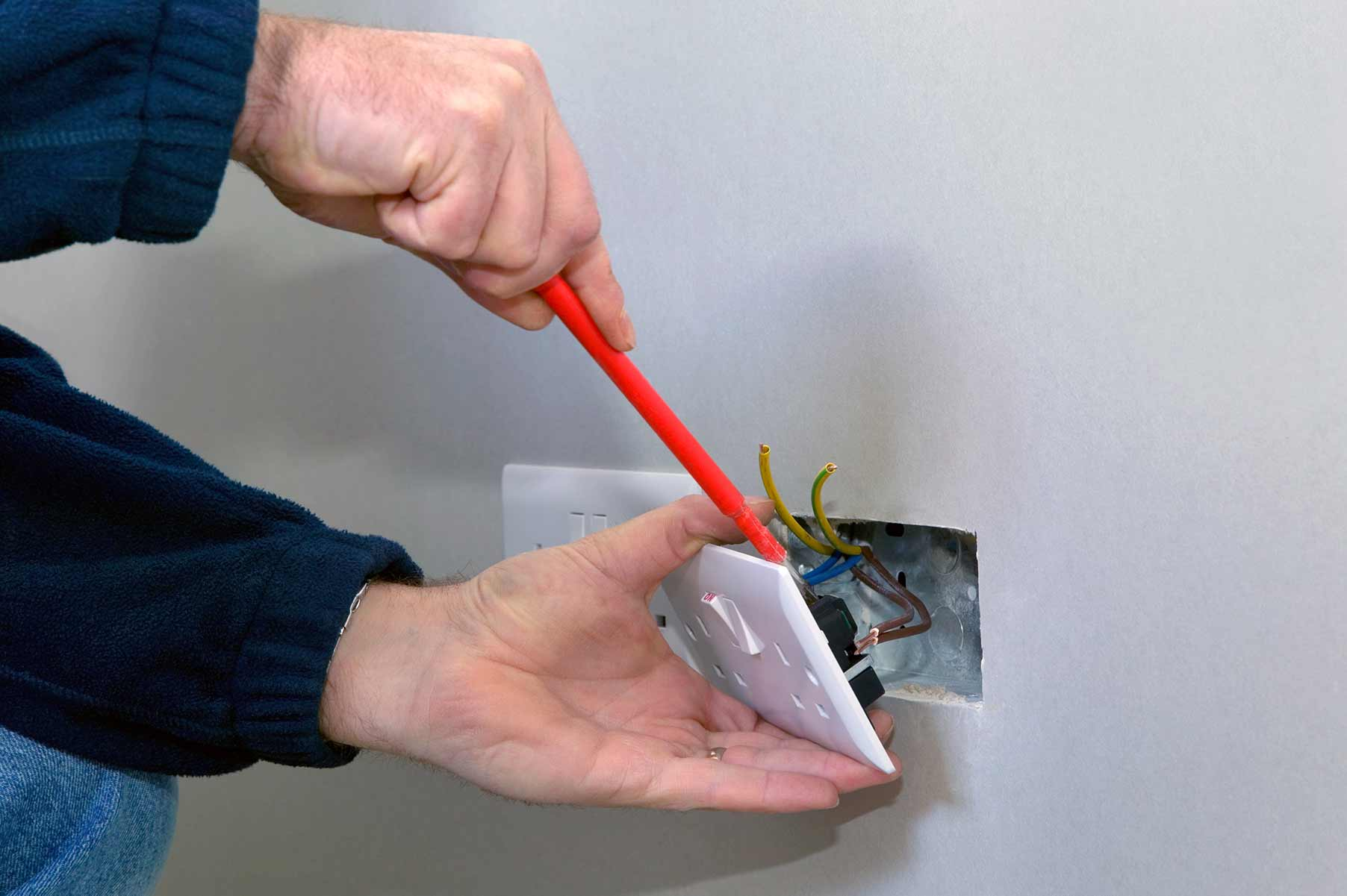 Our electricians can install plug sockets for domestic and commercial proeprties in Poplar and the local area.